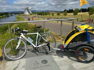 Bike & Trailer at the Kelpies