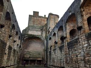The main hall of Linlithgow Palace.